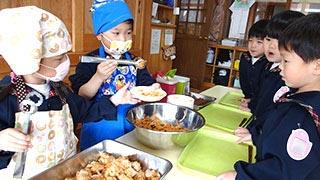 昼食準備 / 昼食 / 歯磨きの時間